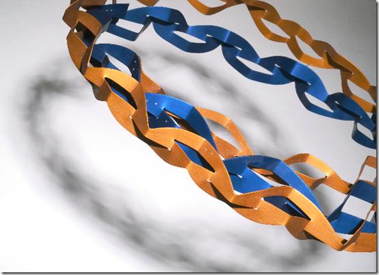 Yuri Kawanabe 'Whirly halo neckpiece' (aluminium, silver 40 x 49 x 9 cm, 2004)